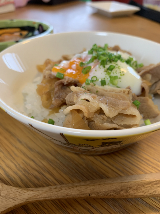 kit Oisix のクイック10 とろ~り温玉のせ豚丼