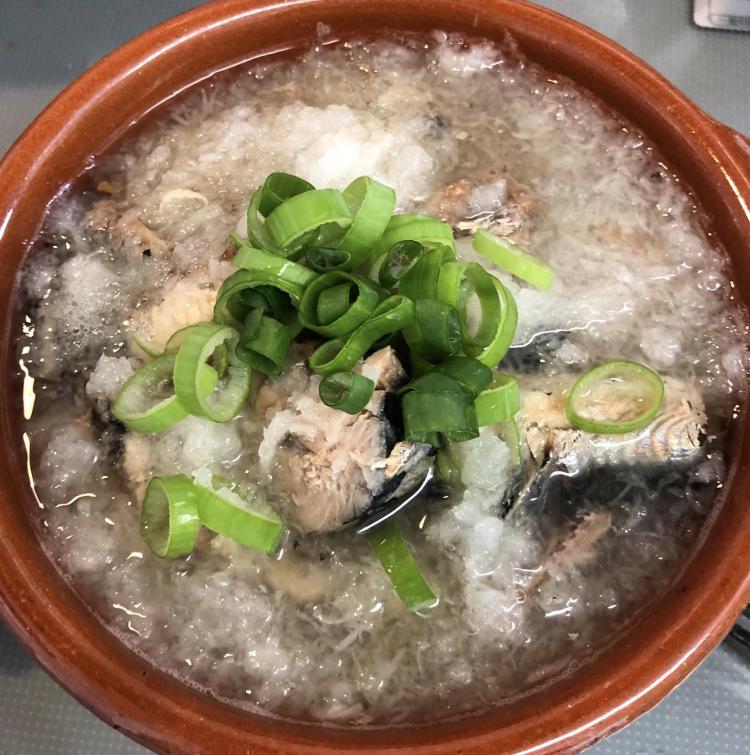 サバ缶・サンマ缶で作る簡単「1分鍋」レシピ3選…魚から出る出汁が旨味に!