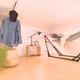 【実例集】屋根裏部屋やロフトどう使う?収納テクから活用法まで【kufura収納調査隊】vol.57