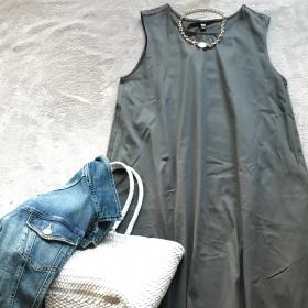 ユニクロの超優秀Aラインワンピースは、今買って夏まで着られる!【働くお母さんの、コレ買って大正解!#20】