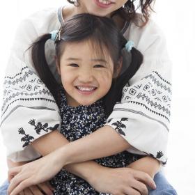 「ママ、笑ったほうが可愛いよ」子どもの指摘に思わずドキッ…!子どもに言われて考えさせられた一言