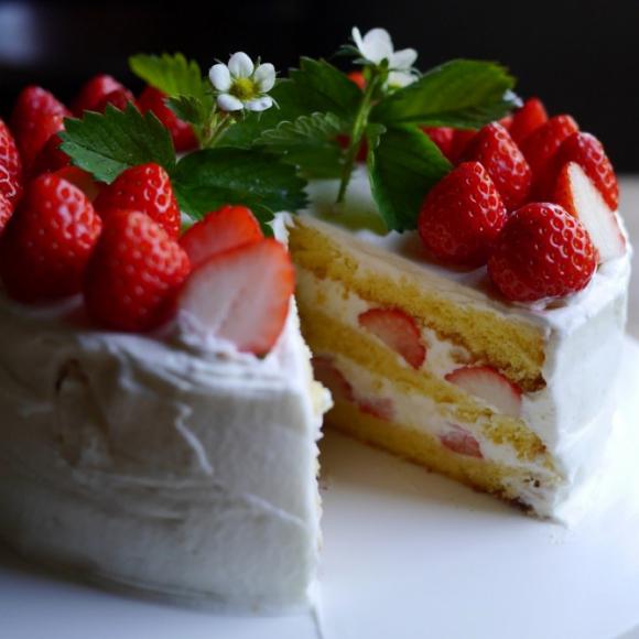 母になった記念日 (=娘の誕生日)に、 ふたりでケーキを手作り 【お米農家のヨメごはん#4】