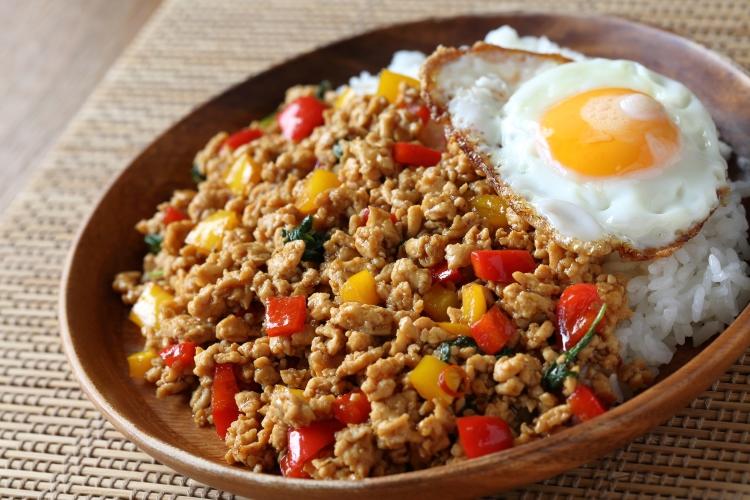 ピリッと刺激、汗ブワッ!がたまらない「暑い日に食べたいスパイシー料理」アンケート調査
