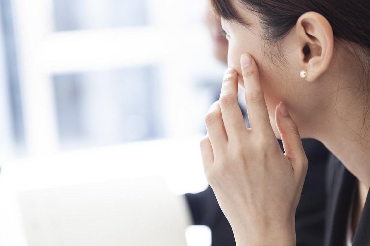夏場に乾燥を感じる女性は62.8%!自宅&オフィスでみんながやっている乾燥対策調査