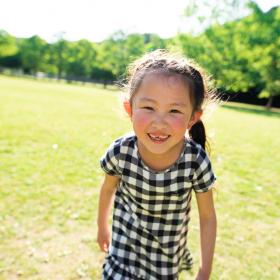 春夏の公園が快適&安全に!226人のママに聞いた「公園に持っていきたい便利グッズ」を調査