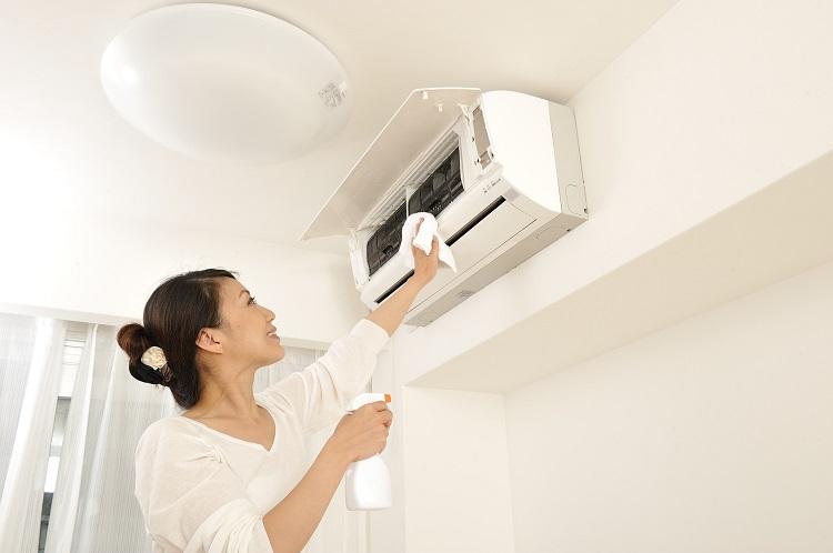 お風呂&エアコンがマスト!? 我が家が「月に1度、掃除する場所」を調査