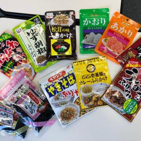 100円ショップ「ダイソー」で買い集めたふりかけ12種!編集部で食べ比べてみました