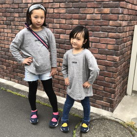 靴下をカラフルにすると、子どもコーデは可愛くなる!【スタイリストママが教える子ども服の選び方】