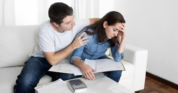 自分が借金体質かどうかがわかる2つのクイズ