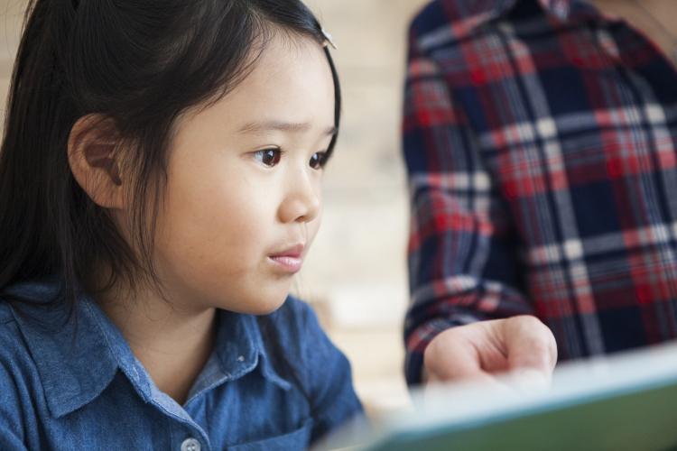 我が子は本好きじゃないみたい…どうしたら?【絵本ナビ編集長の読み聞かせ相談】♯7