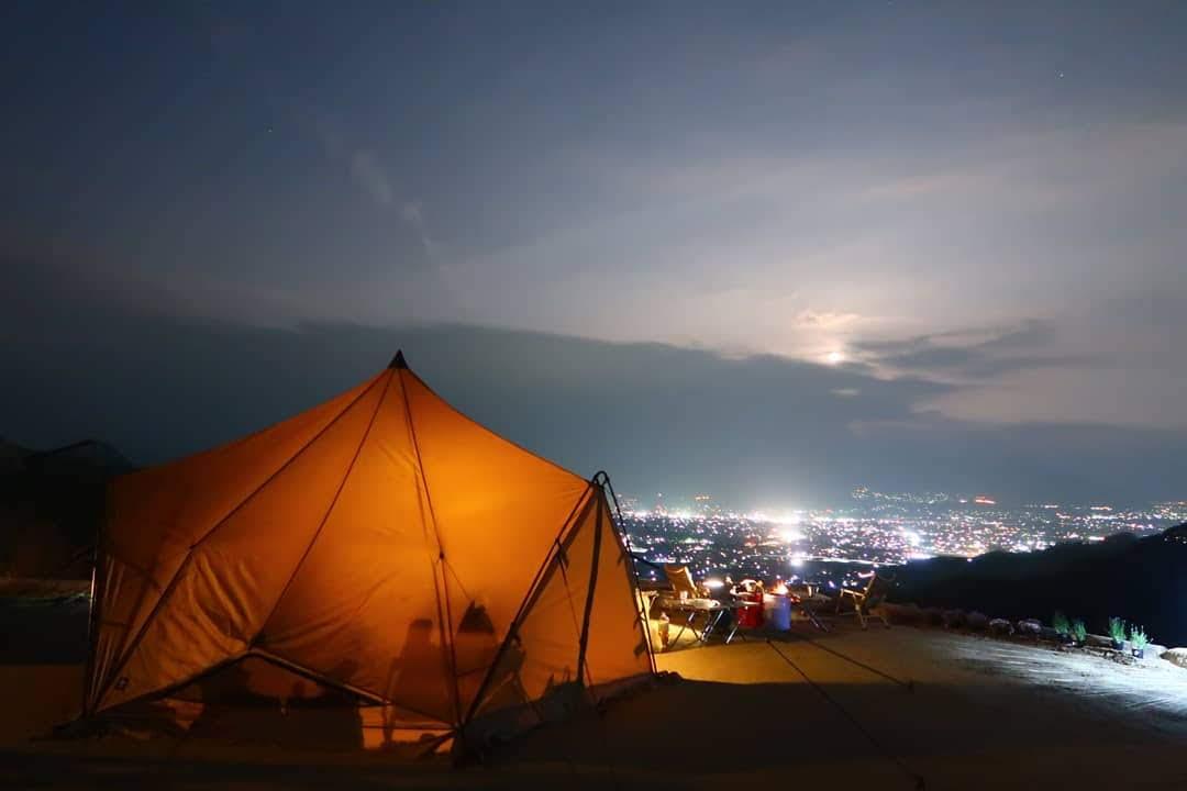 暑い夏がやってくる!「温泉に入れる快適キャンプ場」がファミキャンにおすすめ