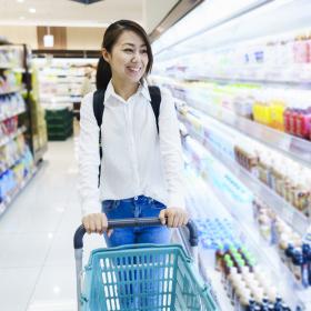 スーパーは週何回行く?「食費の節約」にいい買い物の回数は?主婦272人に調査
