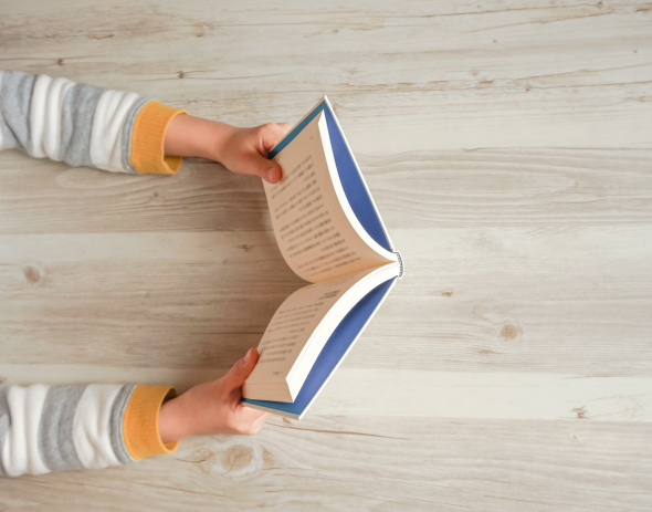 子どもの鉛筆がサラサラ進む!「読書感想文」の最初の一歩、本の選び方【親はどうサポートする?夏休みの読書感想文vol.1】