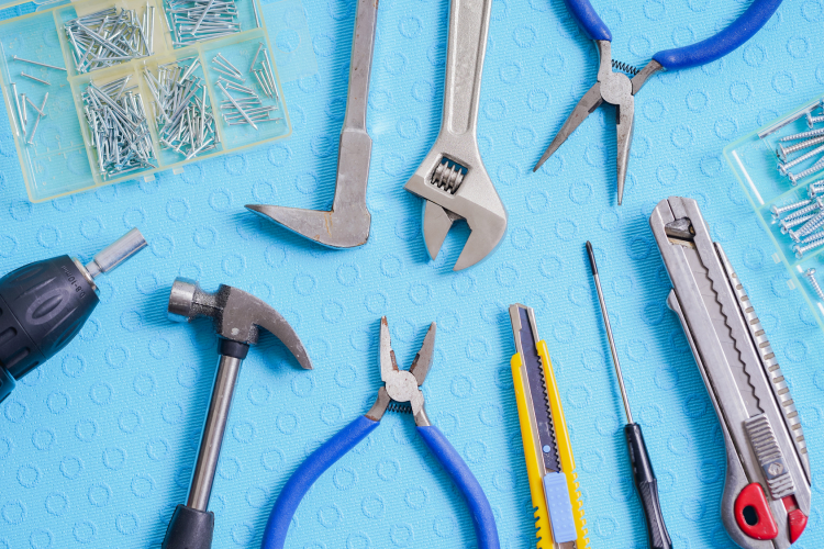 DIY道具をきれいに整頓!「工具」をコンパクトにまとめる収納術【kufura収納調査隊】vol.74