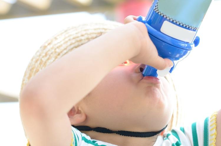 スポドリはOK?温度にこだわる派も意外と多い「子どもの水筒の中身」アンケート調査
