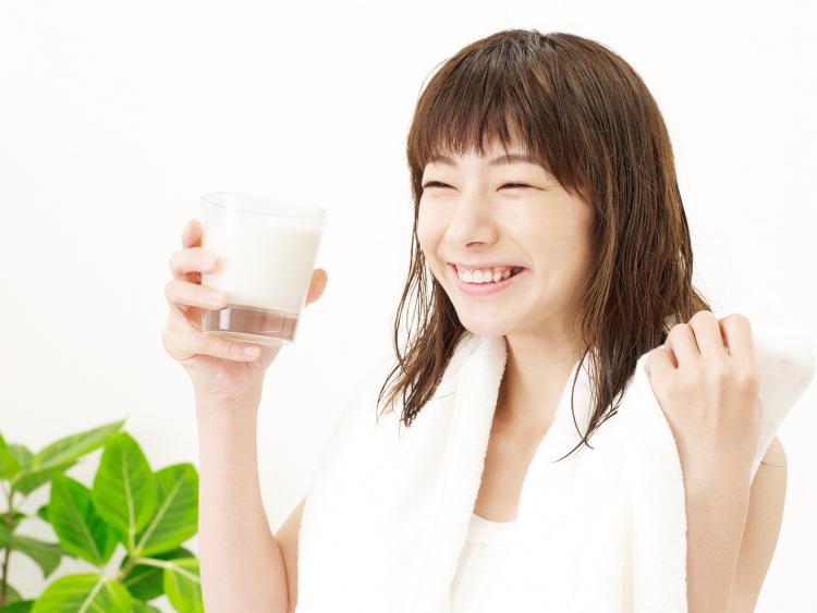 くぅ~喉が潤うー!夏場風呂上がりに飲むとたまらなく美味しい飲み物ランキング