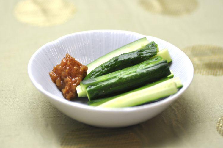 納豆、きゅうりが健闘!あると便利な「そのまんま食材」手間なく一品が完成するBEST7