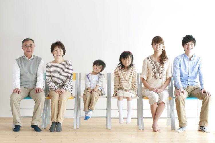 子育てママが戸惑う「育児の世代間ギャップ」を334人に調査!親世代の常識との違いは…