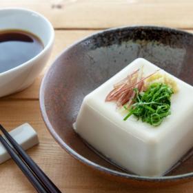 冷奴だけでもアレンジ多彩!日替わりで楽しめる「豆腐」のアイディアレシピ