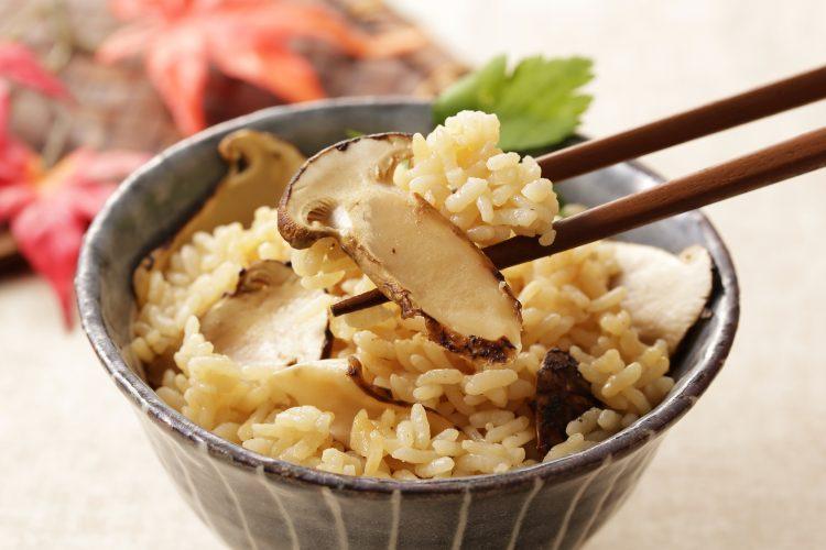 きのこ、栗、さつまいも…秋の「炊き込みご飯」家族でほっこり癒されるレシピ集