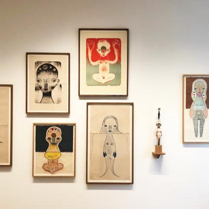 来年閉館の原美術館で加藤泉展…ミステリアスで可愛い作品たちに出会う【ふらり大人の美術展#12】