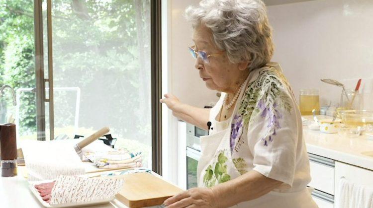 ばぁばの牛フィレステーキ】94歳の現役料理研究家・鈴木登紀子料理教室 ...