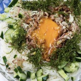 めんつゆ不要!梅だれで食す「ぶっかけ納豆そうめん」松田美智子の納豆スペシャリテ#5