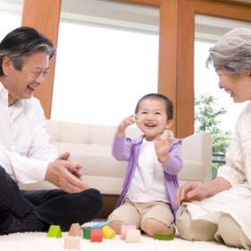 現金でよかった?「孫へお祝いを贈ったけれど…残念」祖父母が内心で思っていることを調査