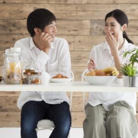 夫が「結婚してよかったと感じた瞬間」を調査!「孤独じゃない」より多かったのは…