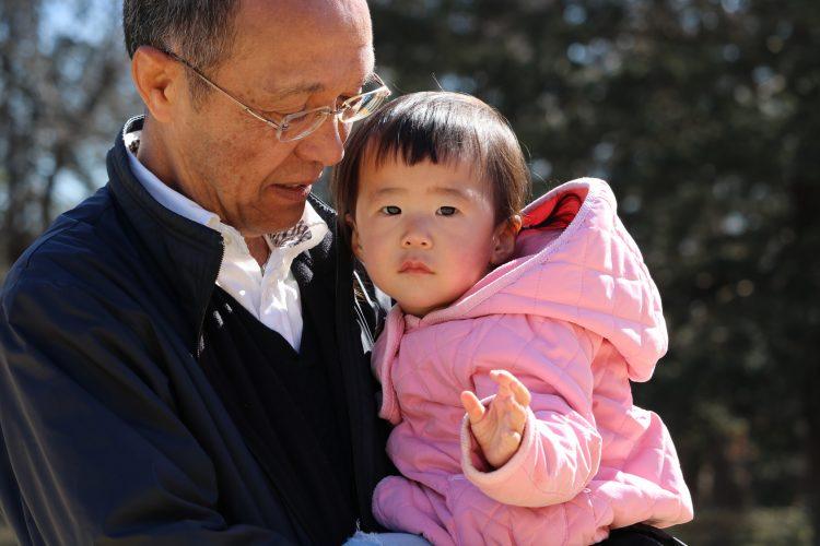パパママも思わず感涙…じいじ・ばあばに「孫の成長に感動したエピソード」を聞きました!