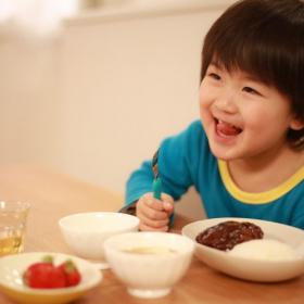 ご飯おかわり!デミグラ、和風、トマト…うちの子がペロリ完食する「ハンバーグソース」