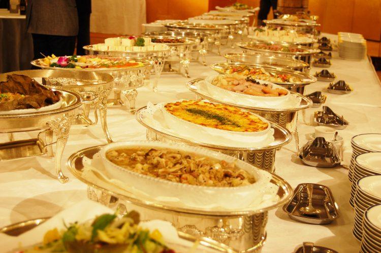 食欲の秋「ホテルのビュッフェで元をとる作戦」なら…高級食材狙い?炭水化物は避ける?女性389人に大調査