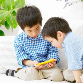 「ゲームに夢中」の子ども…いつからゲーム解禁した?家庭のルール作りはどうしてる?