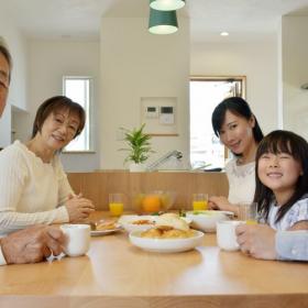 気になる「三世代同居」を体験したママに聞いた!いいところor残念なところは…