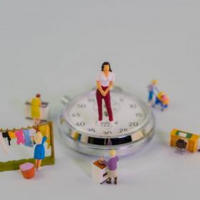 子育て女性が「夫から望まれる年収」と「現実の年収」の差はどのくらい?もちろん稼ぎたいけど…