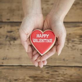バレンタインに夫にチョコをあげない妻は3割!忙しい、お金が…その理由に妙に納得