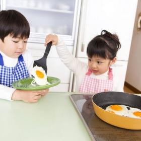 将来、家事ができる人になってほしい!ママが「子どもにさせているお手伝い」と「楽しくする工夫」を調査