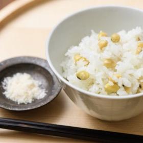 免疫力をいまこそ!「大豆ごはん」の作り方。大豆はゆでずに使います【松田美智子のきれいになる大豆おかず】#1