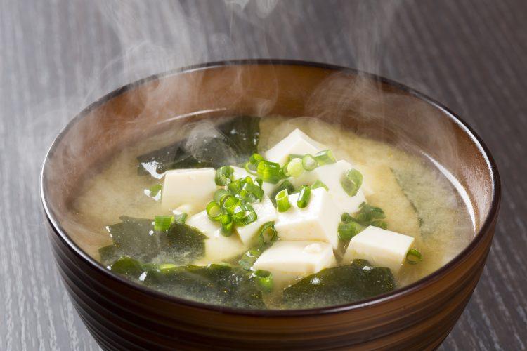いつもの味噌汁やスープにちょい足し!美味しさ増し増しの簡単アレンジ