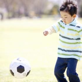 新小学1年生の将来就きたい職業ランキング…男の子の1位はスポーツ選手、女の子の1位は?