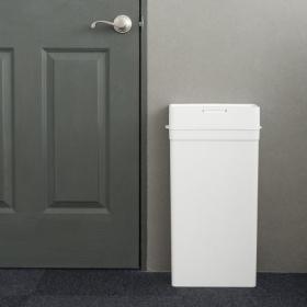 インテリアになじむのに…スリムでニオイも漏れない機能派!欲しかったのは、こんなゴミ箱です