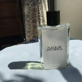 「ZARA」×「ジョー・マローン」のコラボ香水がさっそく届いたので、使ってみたら…!【kufura編集部日誌】