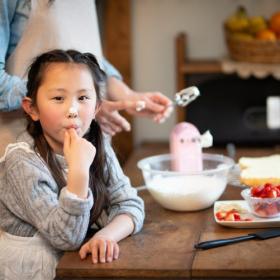 最近子どもと作って良かった「おやつ」は?おうち時間を楽しめたレシピをママ達に聞きました