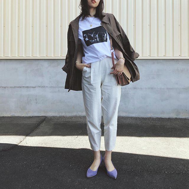 ロゴに写真プリント…夏定番の「Tシャツ」大人はどう着る?【kufuraファッション調査隊】