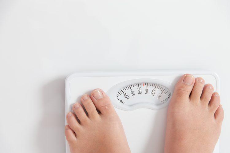 半数の女性が体重増加を実感!「おこもり太り」を加速させないために実践しているマイルール