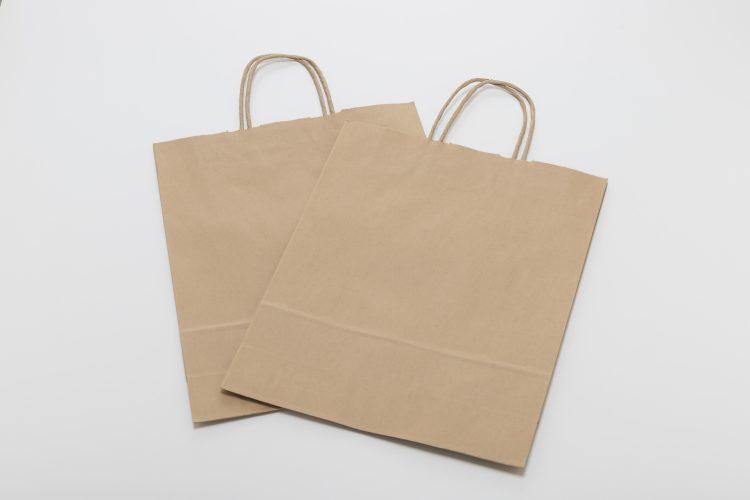 大量の紙袋を捨てる前に!お店でもらった「紙袋」の便利な活用法