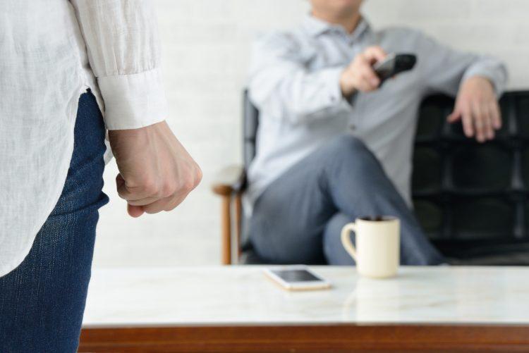 頭をよぎった「離婚」の二文字。夫婦の時間が増え、今後の結婚生活が不安になった妻の心とは