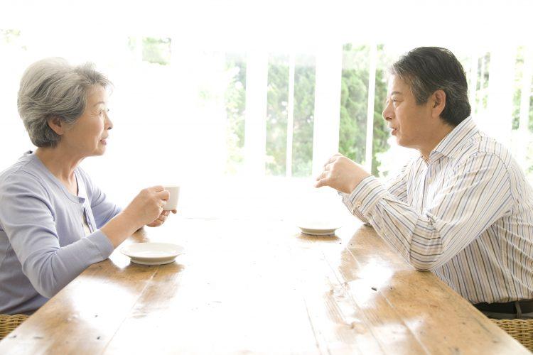 「老後の夫婦像」どう考えてる?介護や離婚…500人の男女に聞きました