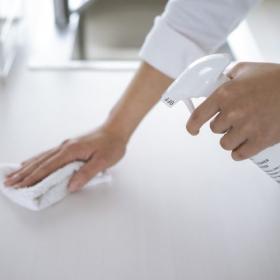 最近使ってよかった「掃除用洗剤」は?主婦の溺愛ブランド&素材から見えてきた傾向とは…