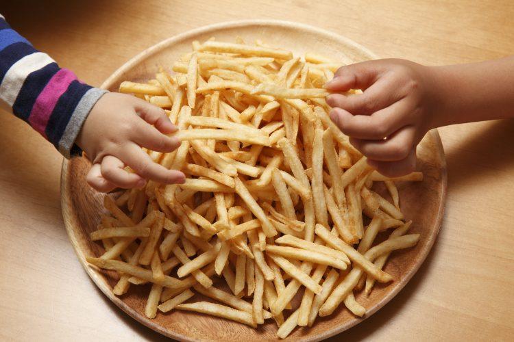 食べだしたら止まらない!子どもが喜ぶ「冷凍フライドポテト」の味付けは?